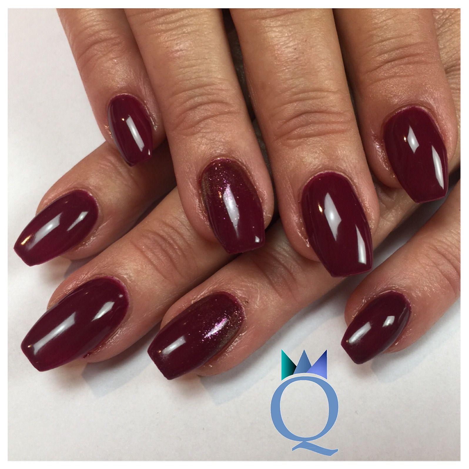 Neuset #coffinnails #gelnails #nails #darkred #glitter #