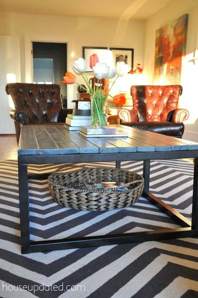Shallow Basket3 Note Large Basket Under Coffee Table This Blogger Found One At Home Goods