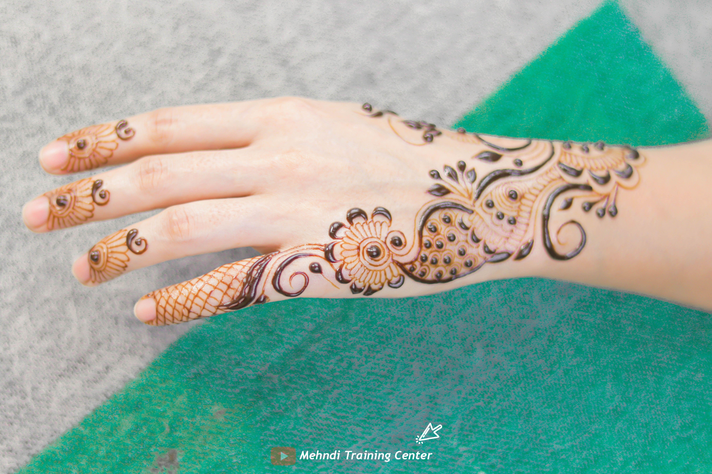 Most Beautiful Mehndi Design For Back Hand 2020 Mehndi Design Easy And Simple Alia Mehndi Hand Henna Mehndi Video Henna Hand Tattoo