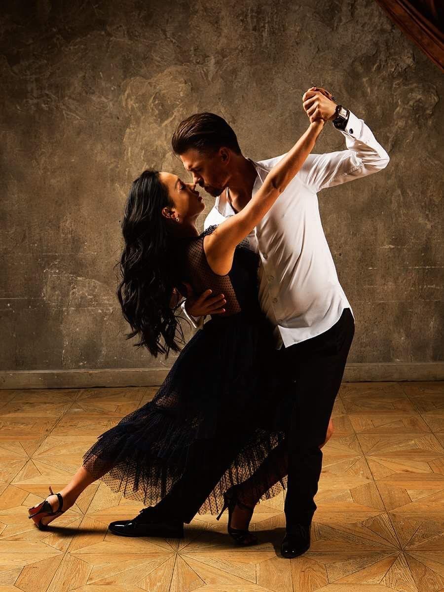 приносит блюдо аргентинское танго картинки выбирайте поздравительные