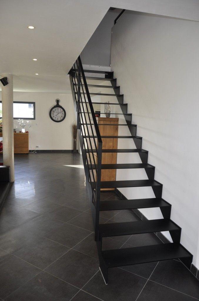 escalier-metal-acel-durable   Escaliers Design Modernes
