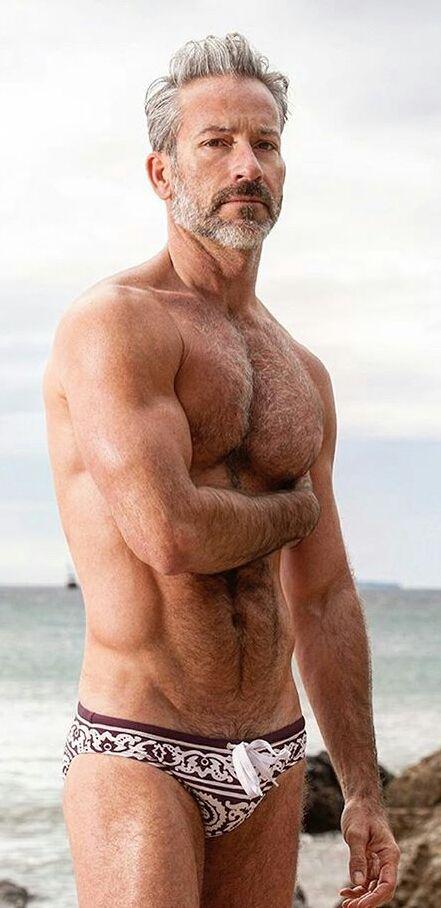 Men mature Nude Photos 23