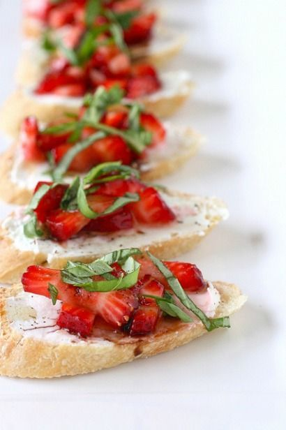 Snack: Strawberry Bruschetta You combine strawberries with a hint of sugar, and spoon them on top of thin baguette slices with a smear of goat cheese. Then you drizzle on balsamic vinegar and a little olive oil, sprinkling black pepper and a few shreds of basil for a sweet-meets-tart flavor mix.You combine strawberries with a ...