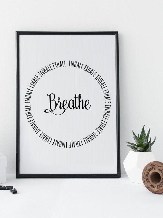 Typographie Druck Yoga Breath Inhale Exhale Zen Druck