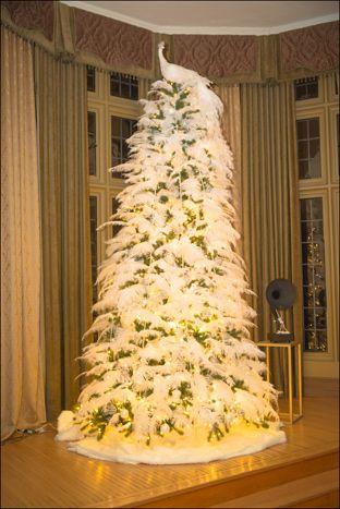 white feather tree - White Feather Christmas Tree