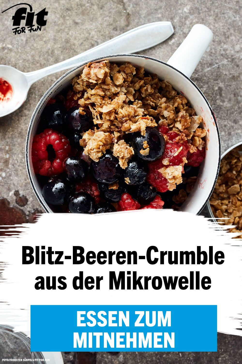 Blitz-Beeren-Crumble Rezept - FIT FOR FUN