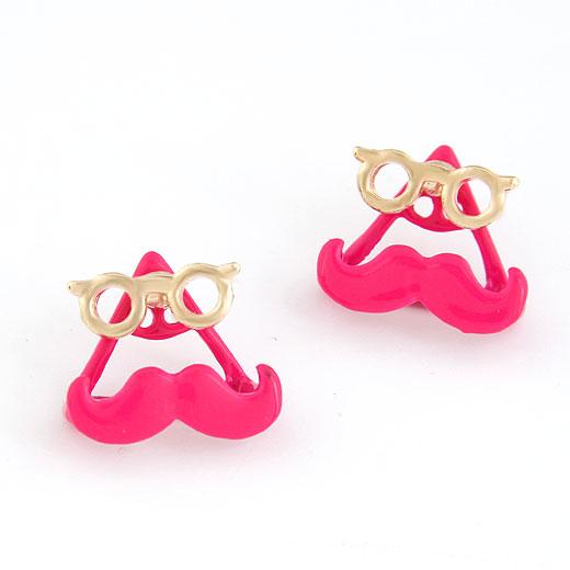 Stud Triangle Mustache Earring