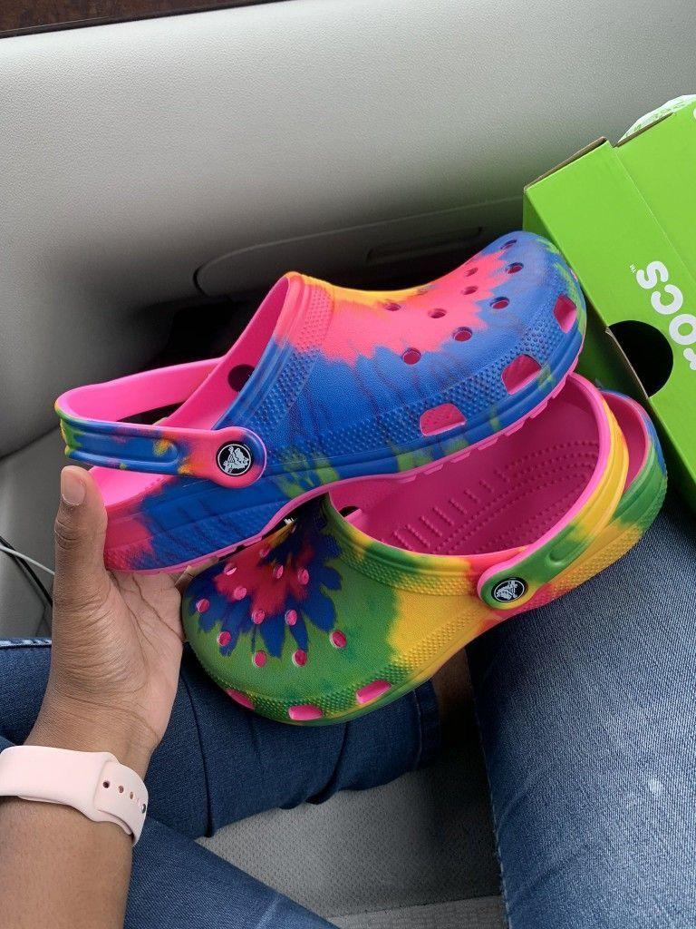 Shoe Game Pin Kjvougee In 2020 Crocs Fashion Crocs Shoes Shoes