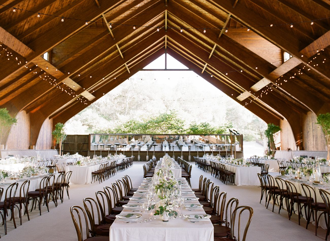 A Fresh Take On A Rustic Wedding In California Wine Country Rustic Modern Wedding Napa Wedding Venues Wine Country Wedding