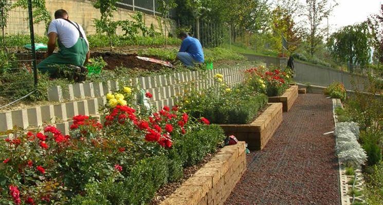 Giardino Mattoni Tufo : Mattoni da giardino in tufo: realizzazione in blocchi di tufo del