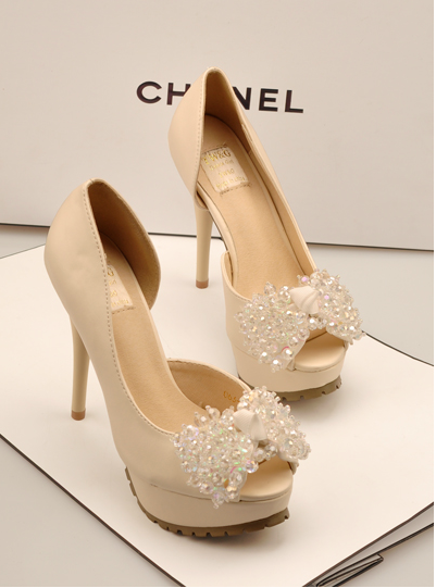 5dac73c2963 Chanel High heels 2013. Wedding shoes.