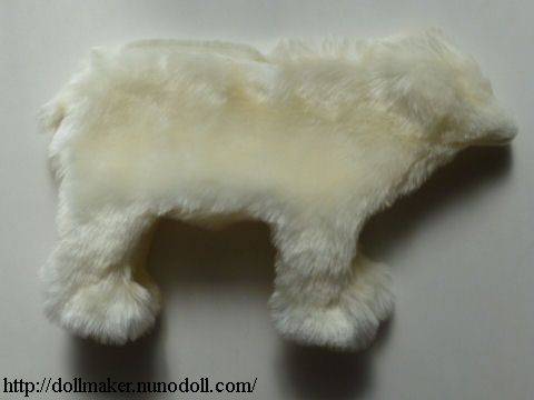 Polar bear body