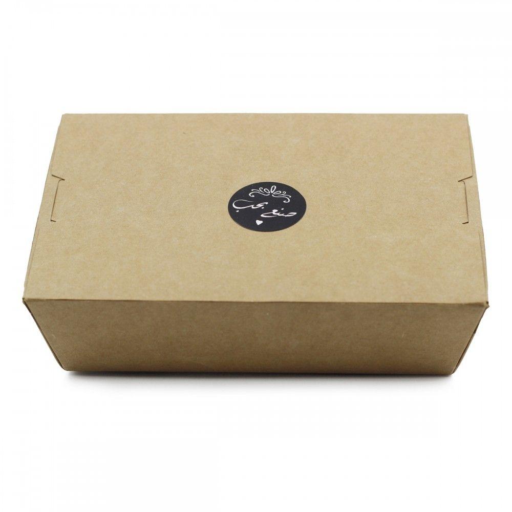 لتزيين وتقديم المنتجات والمشغولات اليدوية ستيكر لاصق بعبارة صنع بحب الطول 3سم العرض 3 سم اللون أسود عدد الاستيكرات 4 Container Takeout Container