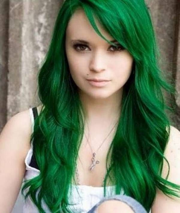 Pretty #green #hair.