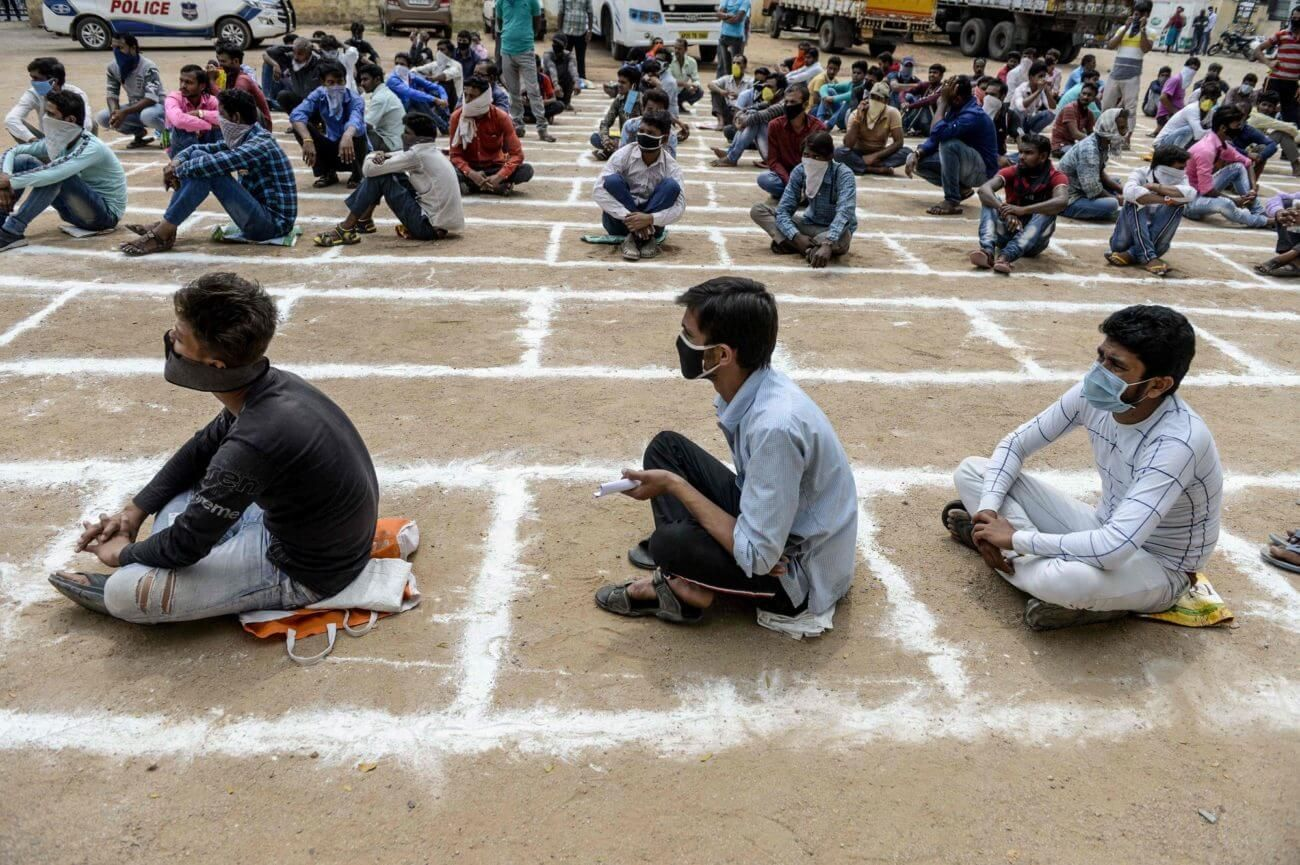 A Week Into the World's Biggest Lockdown, India's Doctors