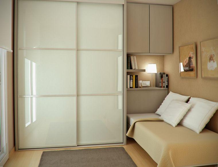 Moderno dormitorio con ropero color beige dormitoris - Roperos para dormitorios ...