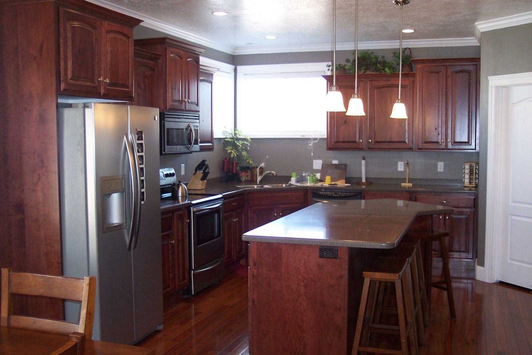 Custom Kitchen Cabinets | Cherry wood kitchen cabinets ...