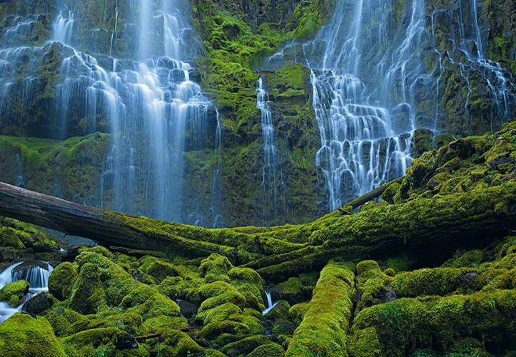 Peter Lik - Waterfall in Bend, Oregon Just stunning Travel