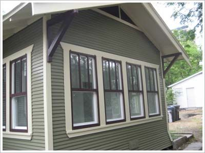 Window trim idea- I like the triple tones around the windows ...