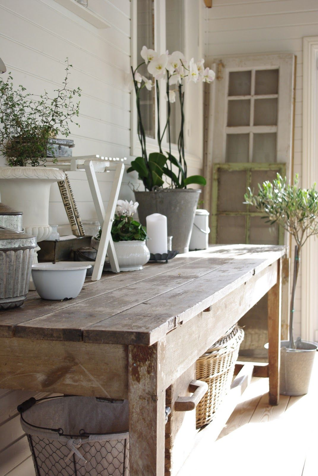 french country decoration decor inspiration white shabbychic french brocante vintage distressed interior home porch outdoor