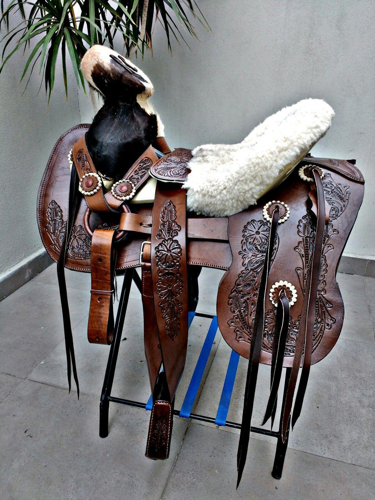 Pin de garloz en monturas charras pinterest monturas for Monturas para caballos