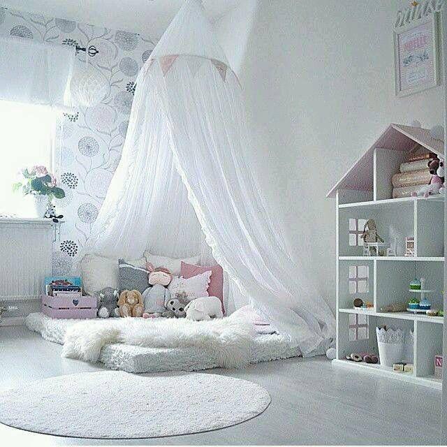 Girls room nursery pinterest kinderzimmer kinder zimmer and m dchenzimmer - Matratze kuschelecke kinderzimmer ...