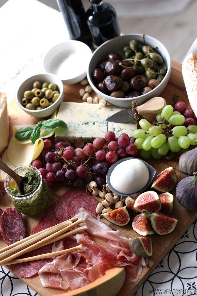 die f r uns perfekte antipasti platte brotzeit pinterest italienische vorspeisen. Black Bedroom Furniture Sets. Home Design Ideas