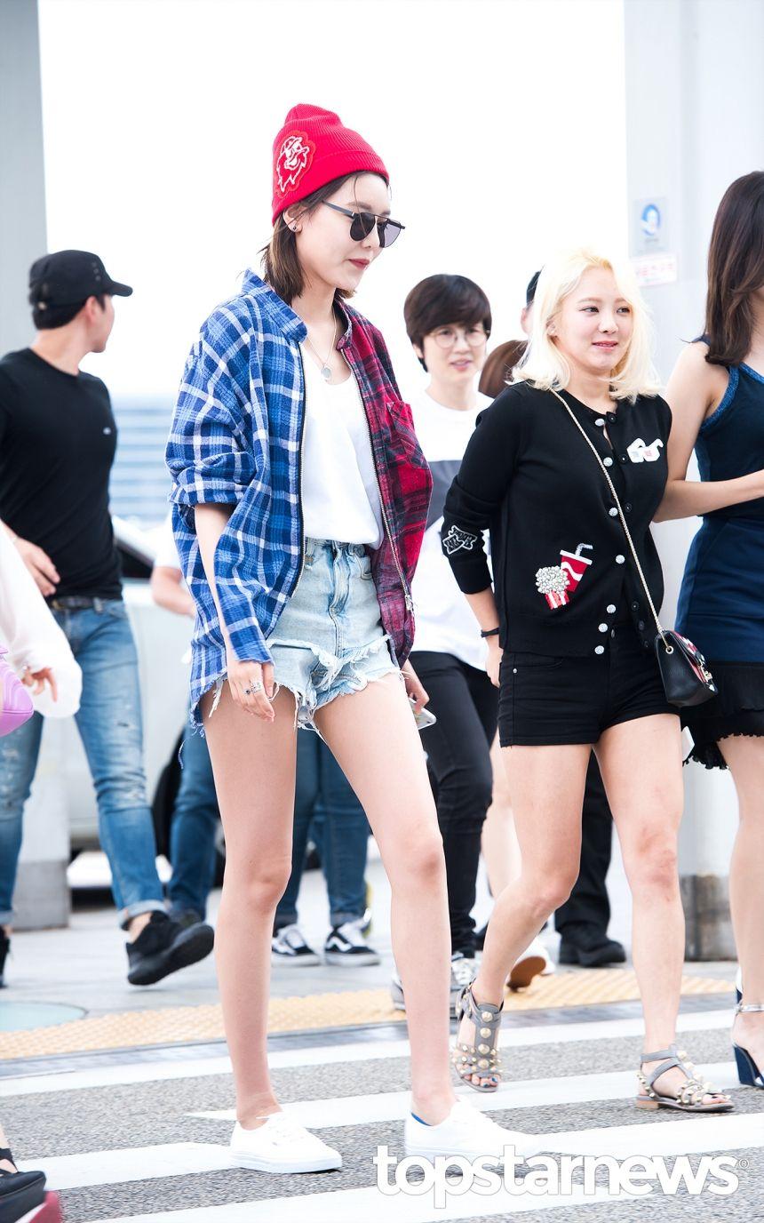 [HD포토] 소녀시대(SNSD) 수영 젓가락 같은 각선미 #topstarnews