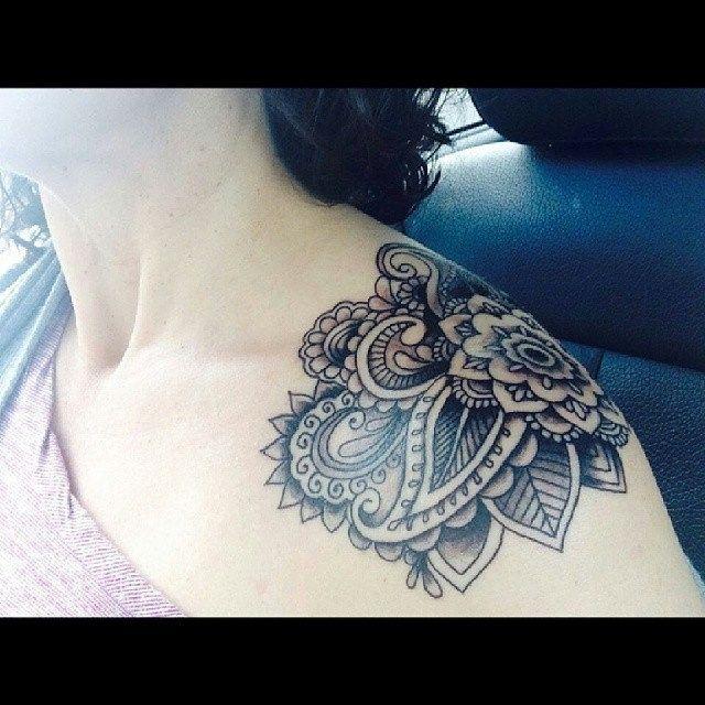 Mandala paisley design