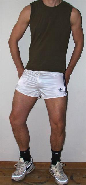 Adidas 'Beckenbauer' shorts | Beckenbauer, Sportbekleidung