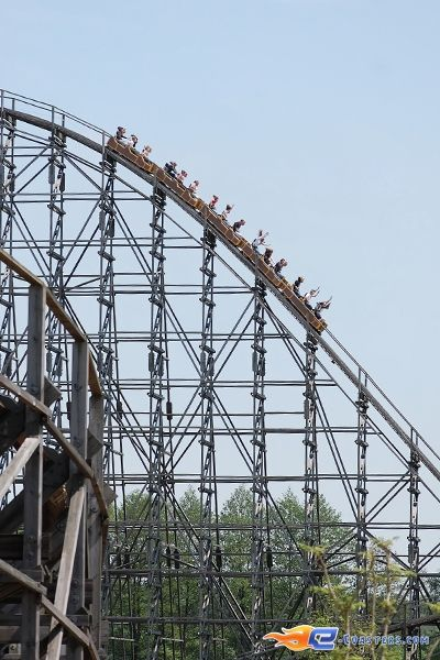 9 14 photo du roller coaster colossos situ heide park Roller adresse