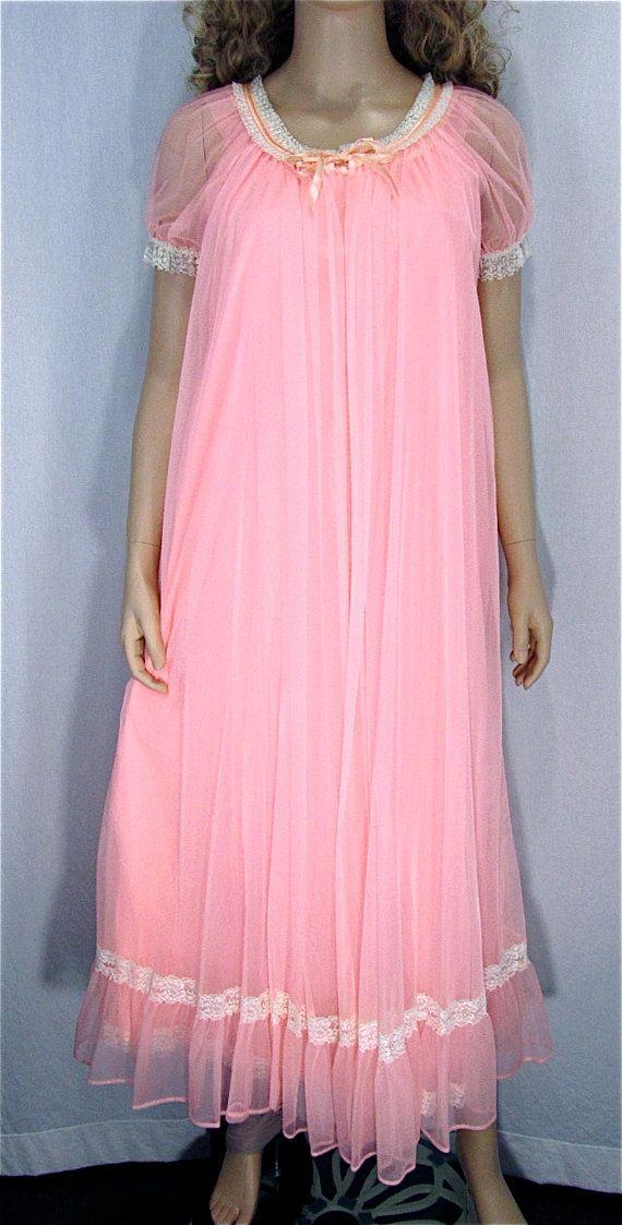 b03bf2a2019 Tosca Chiffon Peignoir Set MED Vintage Nightgown Robe Peach Pink ...