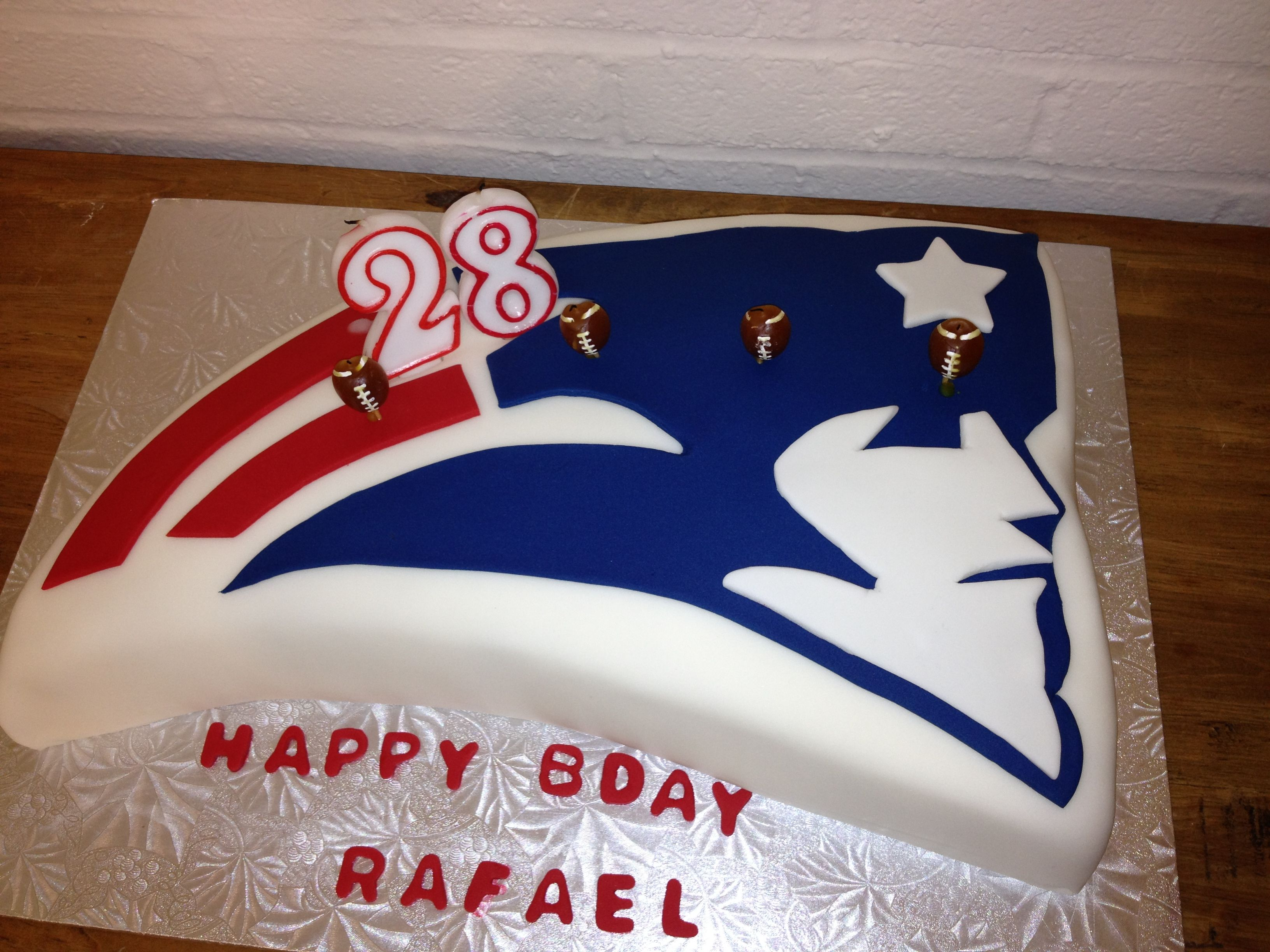 Everyone Needs A Pats Bday Cake Patriotic Baking Pinterest