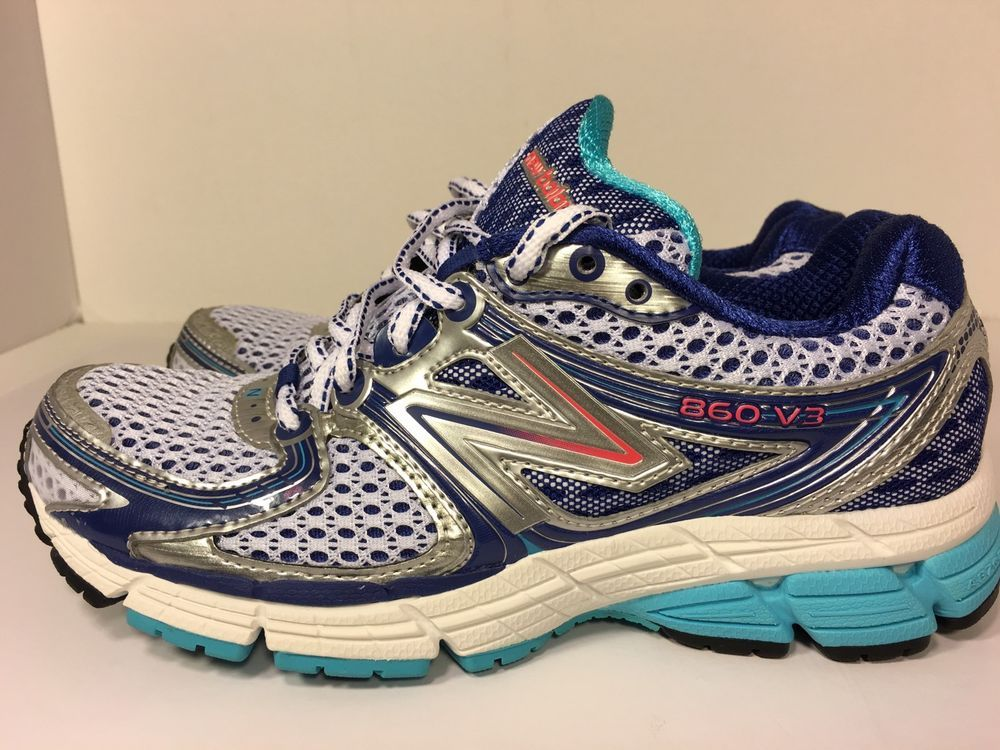 Women shoes, Womens athletic shoes