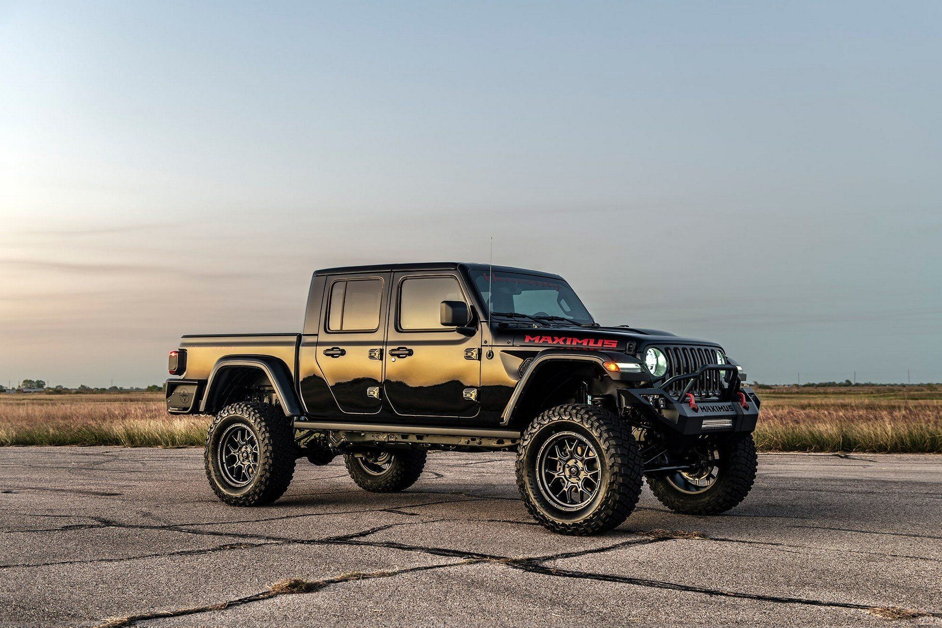 Hennessey Maximus The 1 000hp Jeep Gladiator Hellcat Is Here To