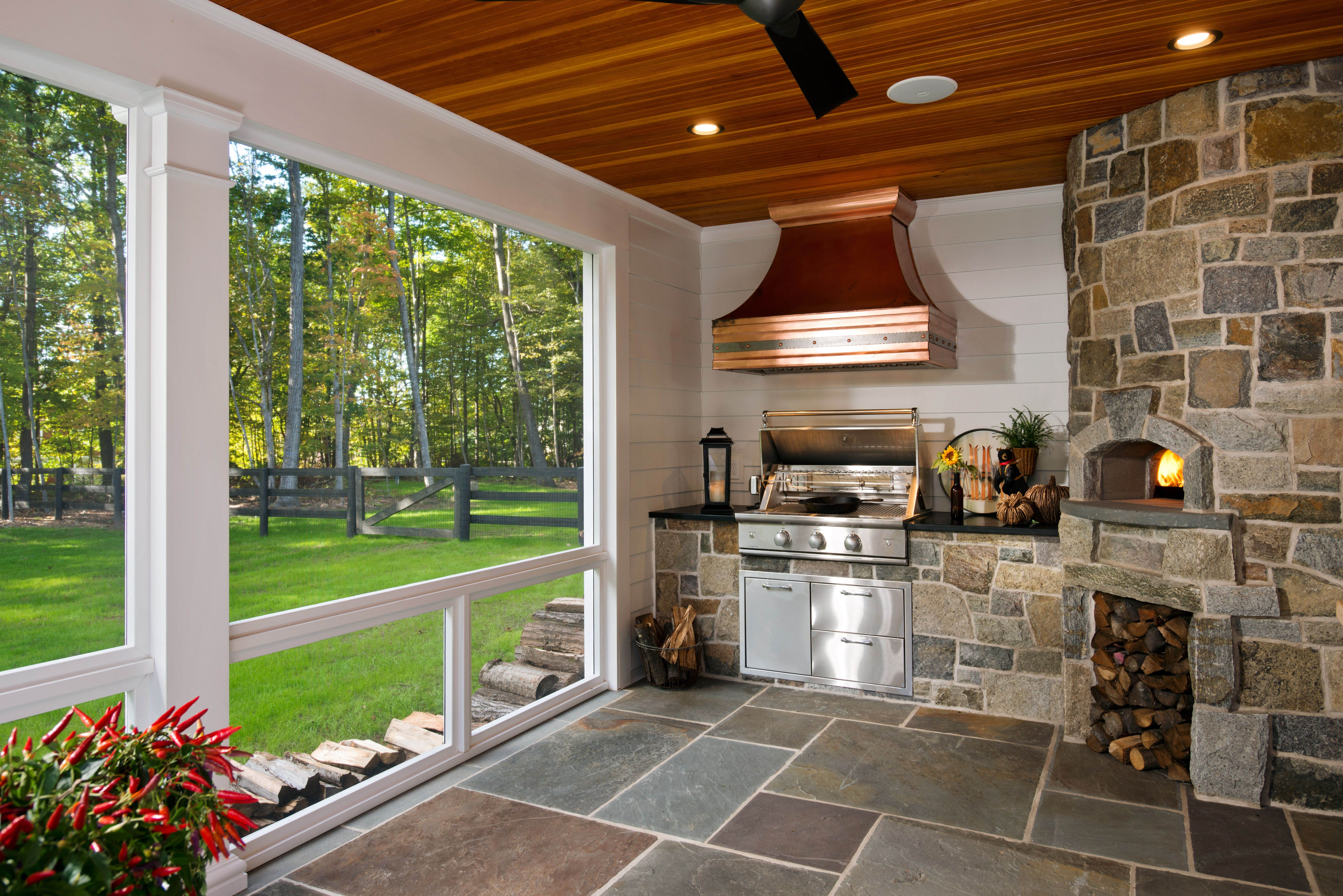 A True Wood Fire Pizza Oven In The Screened In Porch Tuscan Design Mediterranean Home Decor Home