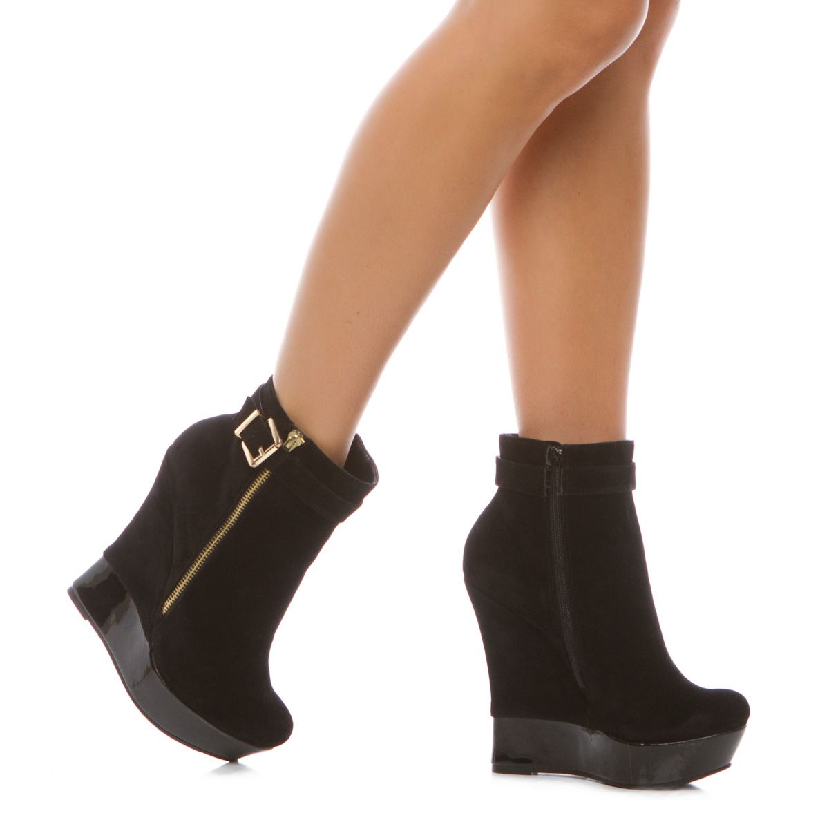 how fun are these with the little patent bottom!