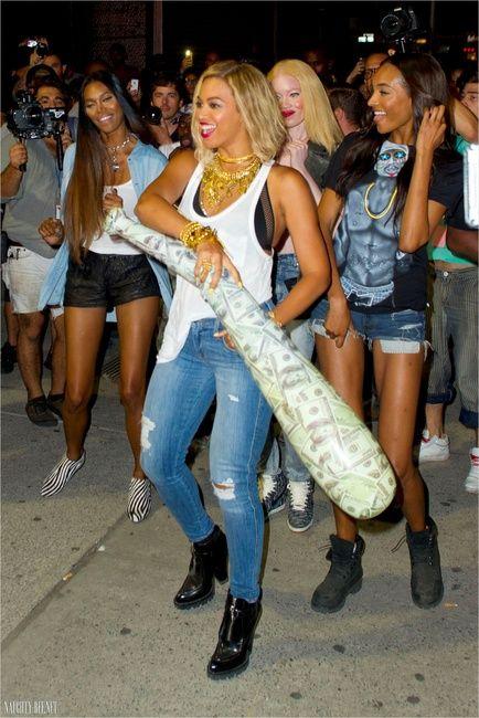 Beyoncé Knowles And Paula Mendoza Nereus Bracelet