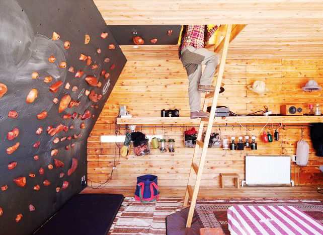 10 Rock Climbing Wall Design Ideas For The Home Http://waveavenue.com