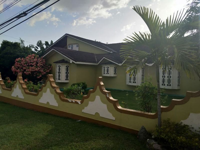 House For Sale In The Exquisite Neighborhood Of Cherry Gardens Kingston Jamaica Kingston Jamaica Jamaica House Jamaica