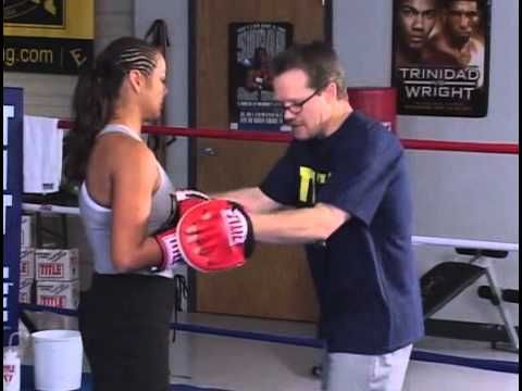 Freddie Roach teaching boxing basics - Manny Pacquiao's trainer talks footwork, punching, padwork - YouTube