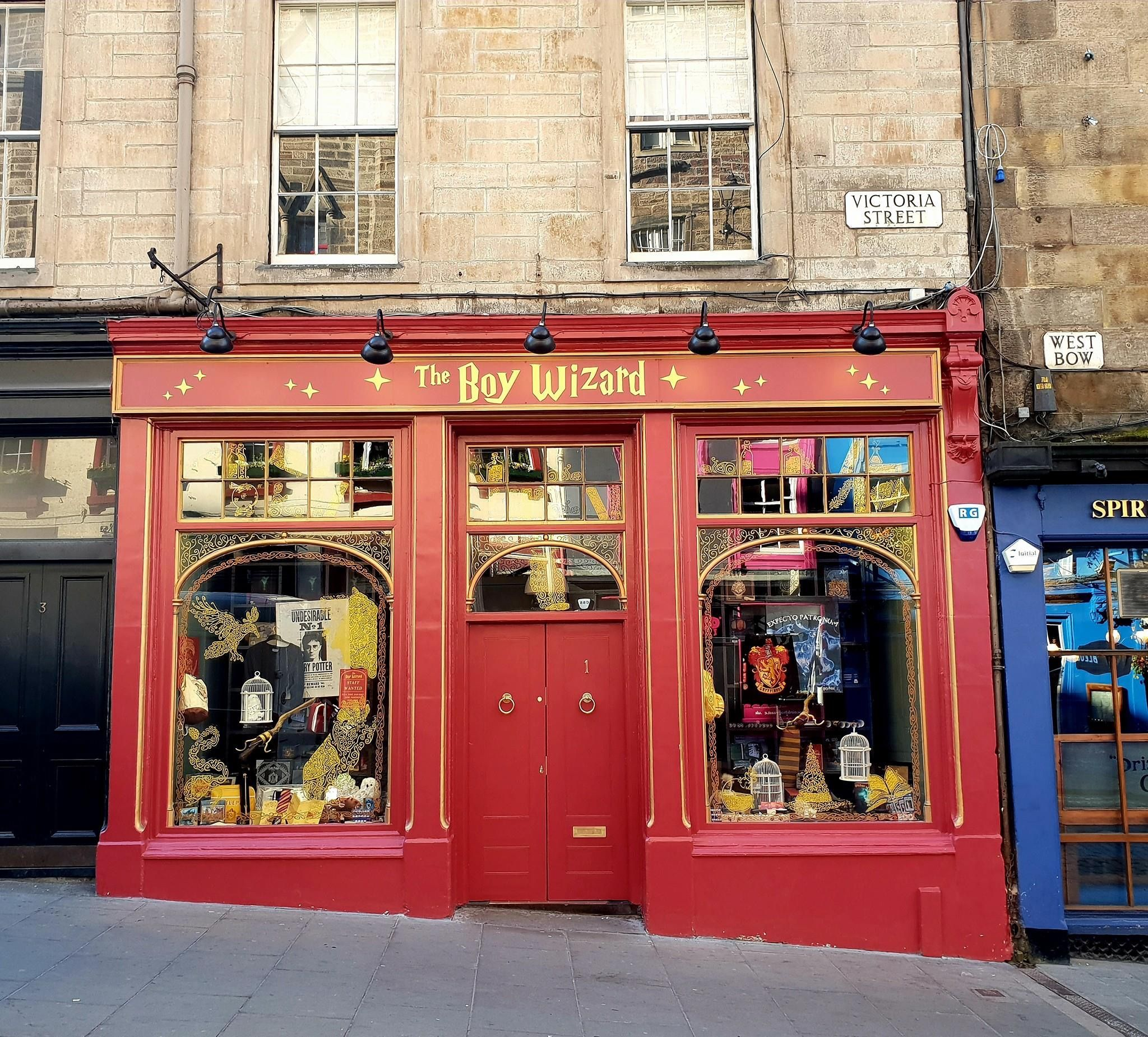 Harry Potter Shop On Victoria St Edinburgh Harry Potter Shop Decor Home Decor