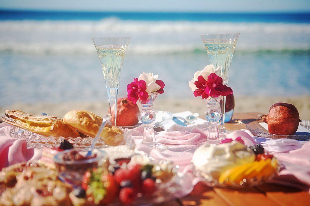 「beach picnic」の画像検索結果