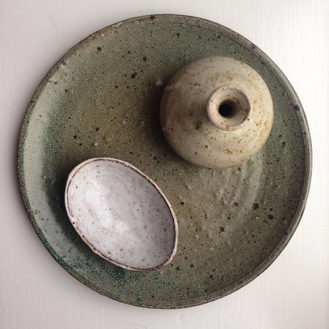 Another look into my private collection. All these pieces I found around small markets in Denmark and France - I love the chase! I don't search for specific brands or artists - instead I'm drawn to the details, shape, colors and the feeling of the piece. #love #nofilters #ceramics #market #mycollection #picoftheday #green #glaze #glazelove #ceramiclove #itsallinthedetails #boligstyling #boligmagasinet #interior #styling #homedecor #nordicstyle  #instagram #instalove