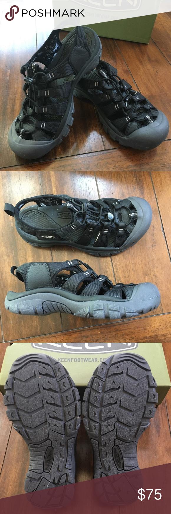 ec60ca7545e3 Keen Women s Black Newport Eco Sandals Gently used