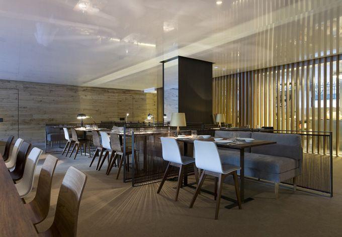 Mid-century modern restaurant in Barcelona - so classy ...