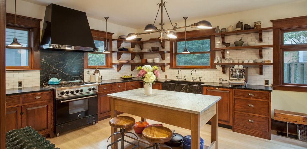 Lovely A Black Range And Vent Hood Fit In Nicely With The Soapstone Countertops.  Description From