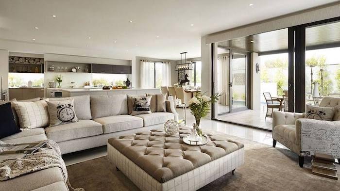 feng shui wohnzimmer, eckiges sofa, ecksofa in weiß, dekokissen