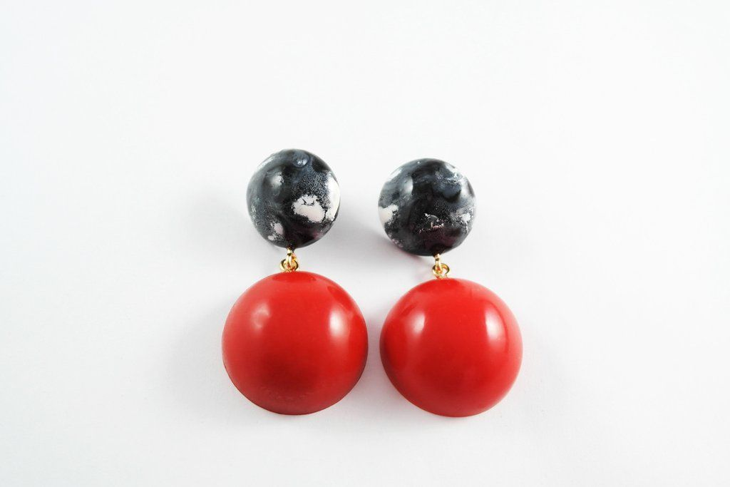 Black Marble with Red Earring (Large)