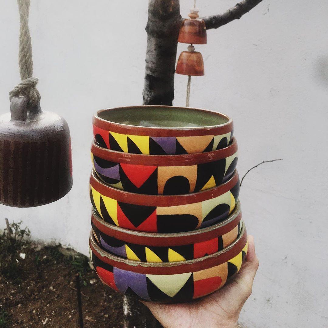"""erson solak on Instagram: """"Bir varmış, bir yokmuş. • • •  #clay #kizilkarakovan #redclay  #potterywheel #potterydesign  #potterywheelthrowing #potterystudio…"""""""